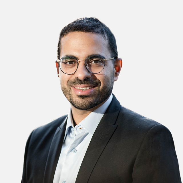 Dr Yakir Guri
