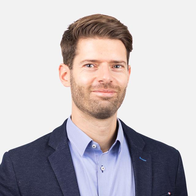 Dr Alexander Tanno