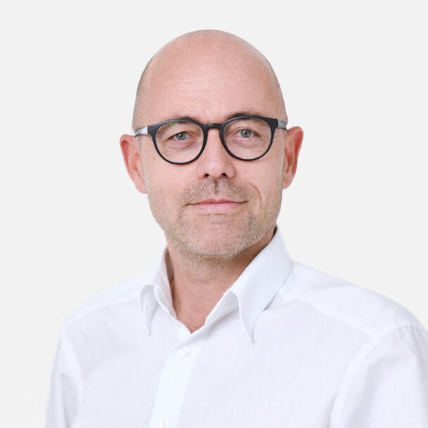 Prof Daniel Müller