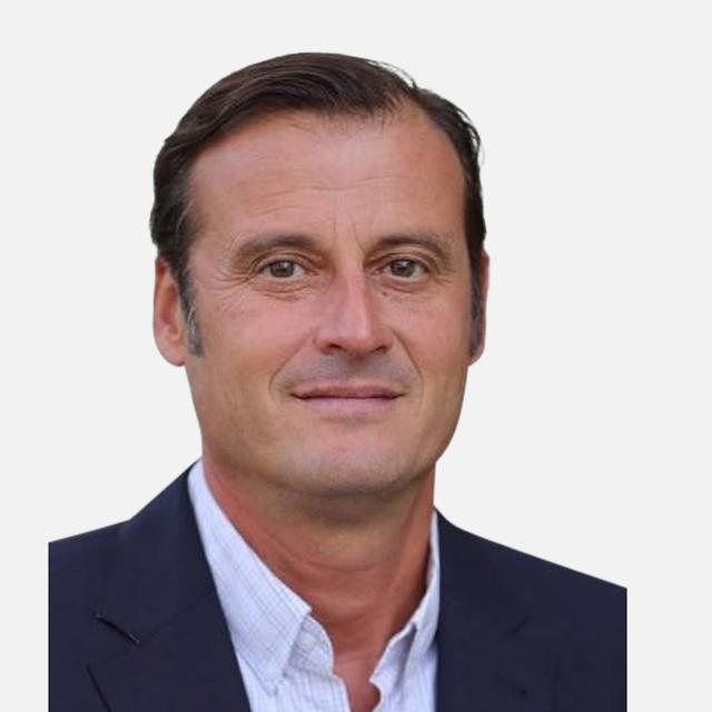 Prof Daniel Paris