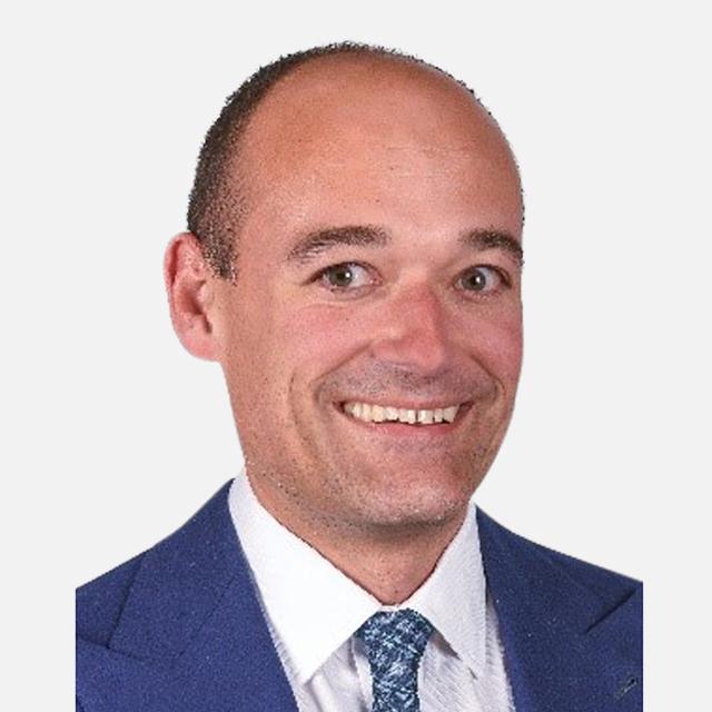 Dr Stefan Stübinger